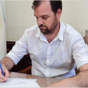 El Municipio de Rivadavia refuerza un incentivo para el personal que decide estudiar